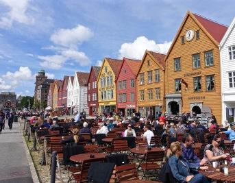 Sun shining on Bergen