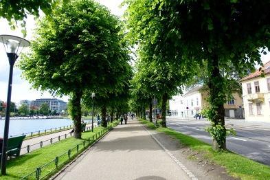 Walking through Bergen