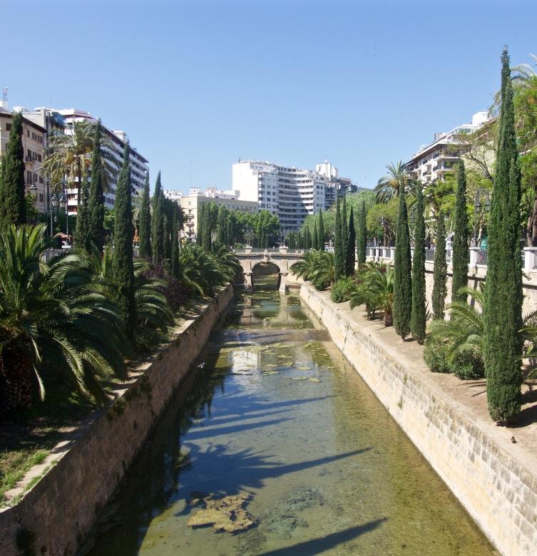 Green city walks